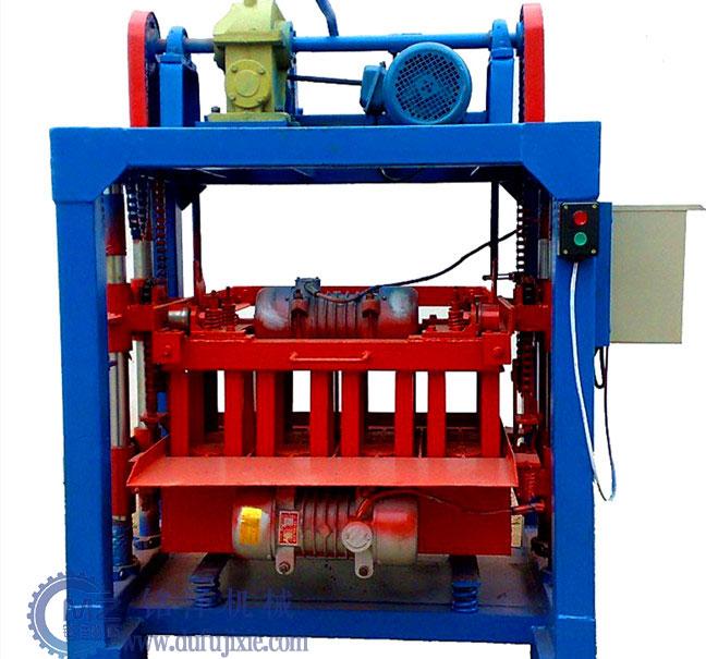 半自动水泥砖机